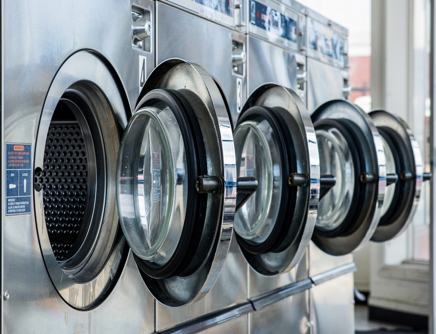How New Technology Is Changing the Modern Laundromat