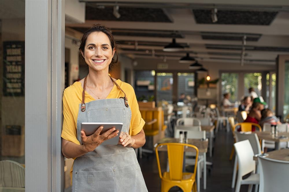 3 Ways Restaurant Workers Can Protect Themselves Against Wage Theft